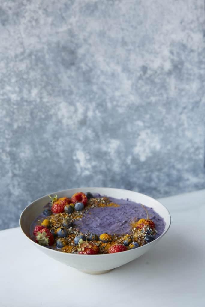 Blueberry Pie Smoothie Bowl
